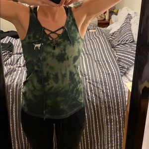 🔥green tie dye PINK by VS lace up tank with dog